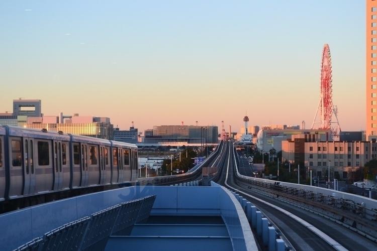 Early morning train ride - japan - waygaijin | ello