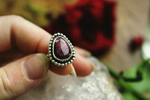 Red ruby ring shop  - riojeweler - lunarmountain | ello