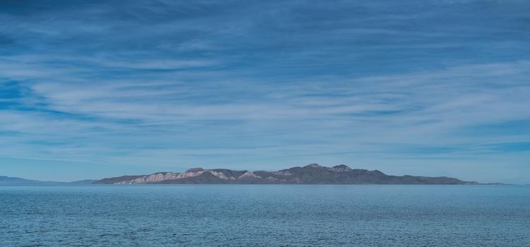 Great Salt Lake place desolate - rickschwartz | ello