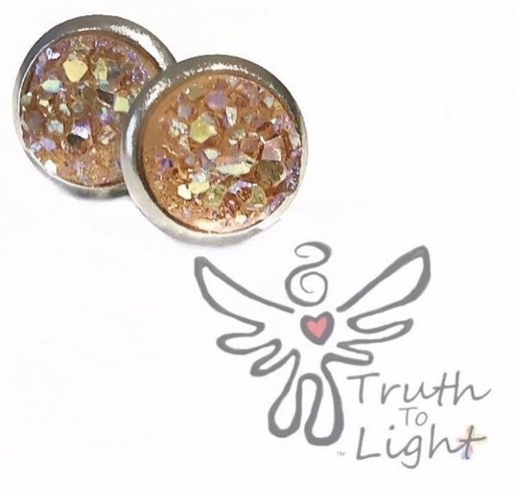 :peach:Silver Peach Druzy Earri - truth_to_light | ello
