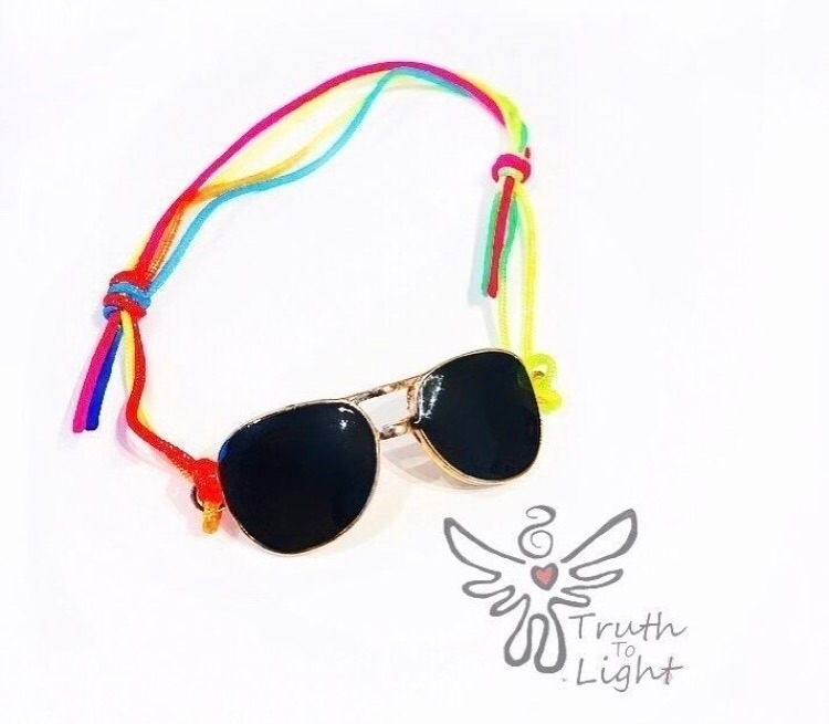 :sunglasses::rainbow:Sunglass C - truth_to_light | ello
