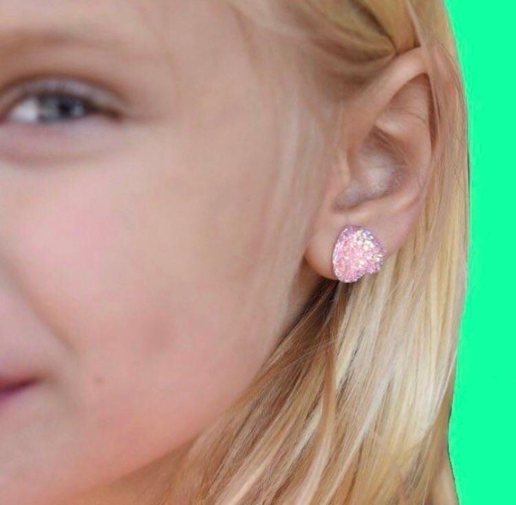 beautiful heart druzy earrings  - truth_to_light | ello
