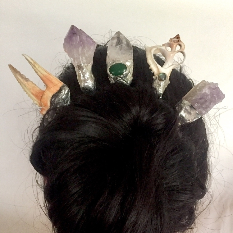 :sparkles:Magical hair pins mag - leftoverstars | ello