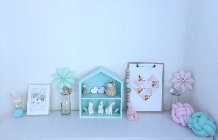Girls Shelfie pretties - bedroom - mummaof3styling | ello