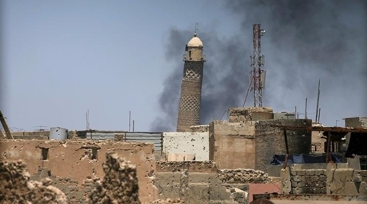 blows Mosul mosque Hadba = Idio - valosalo | ello