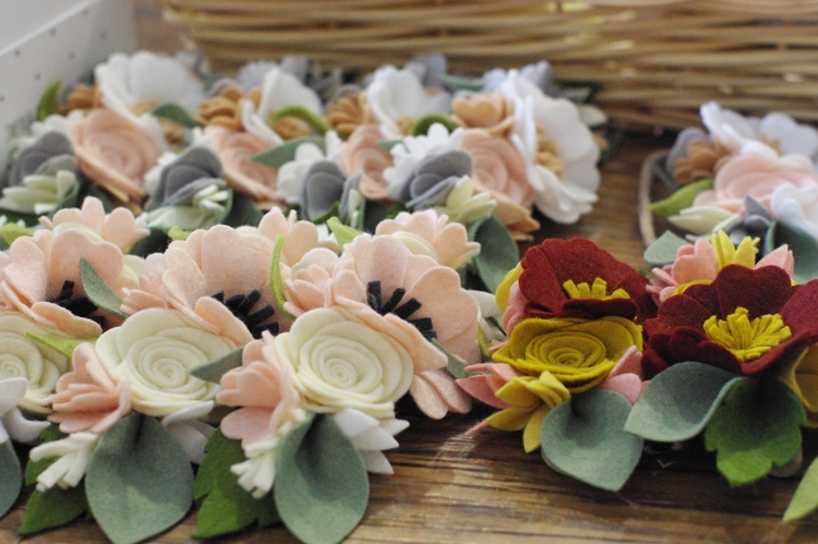 scene - labour love flowers han - kireihandmade | ello