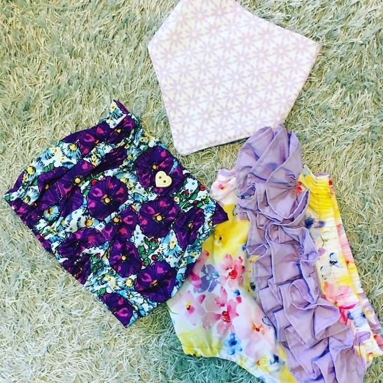 Bibs, bloomers Rufflebum Nappy  - blueberrybubs | ello