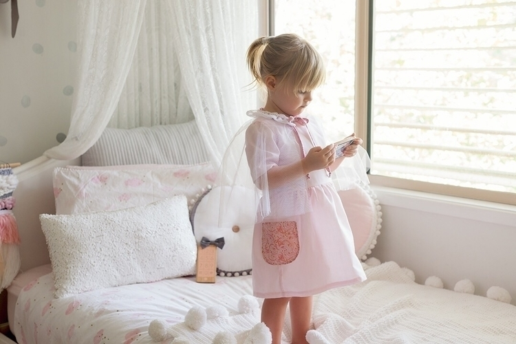 beautiful dress coming - littlemuse | ello