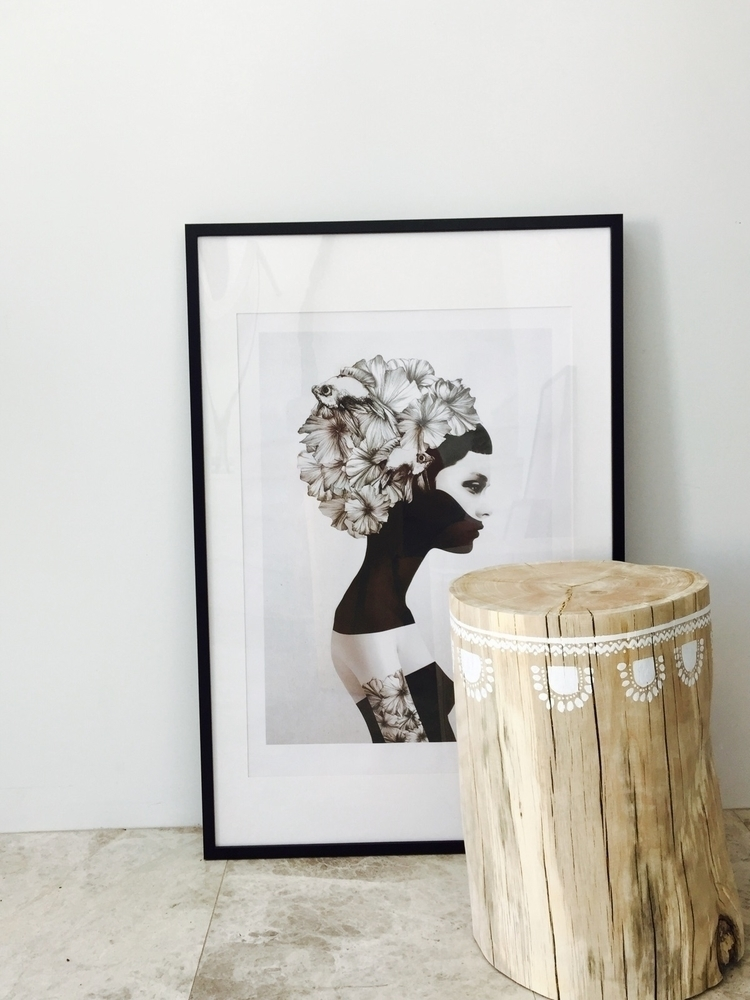 log sidetables hand beautiful W - little_green_project | ello