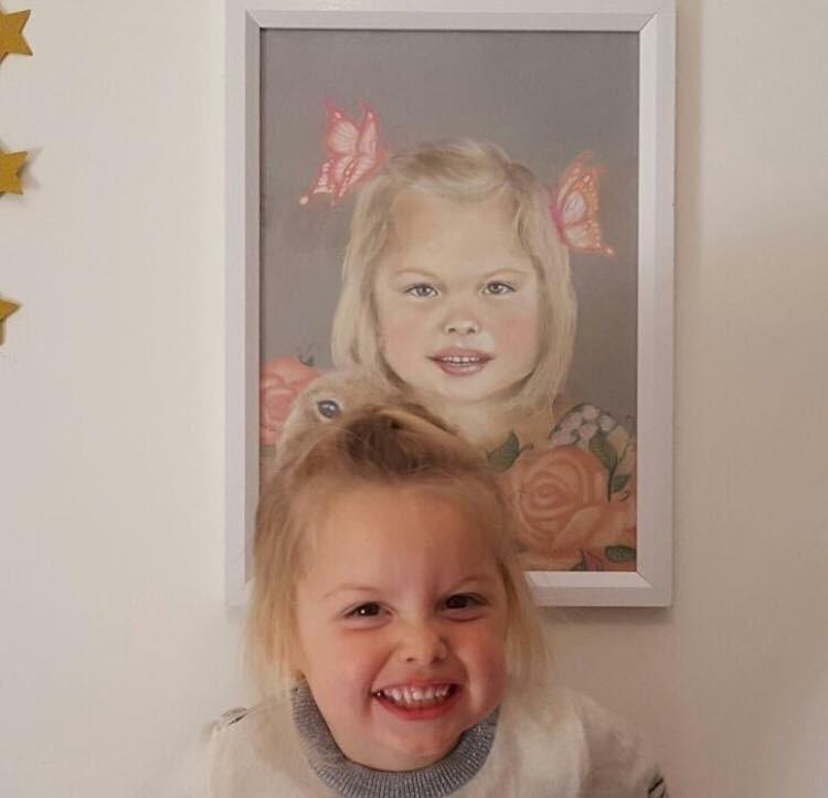 Alessandra portrait! cheeky fac - rosannahaywardportraitartist | ello