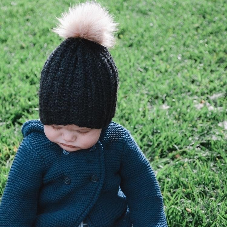 world square - crochet, modernbaby - oliver_and_amber   ello