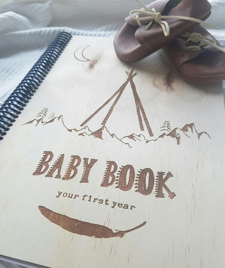 Details wooden cover baby books - hydeandseek | ello