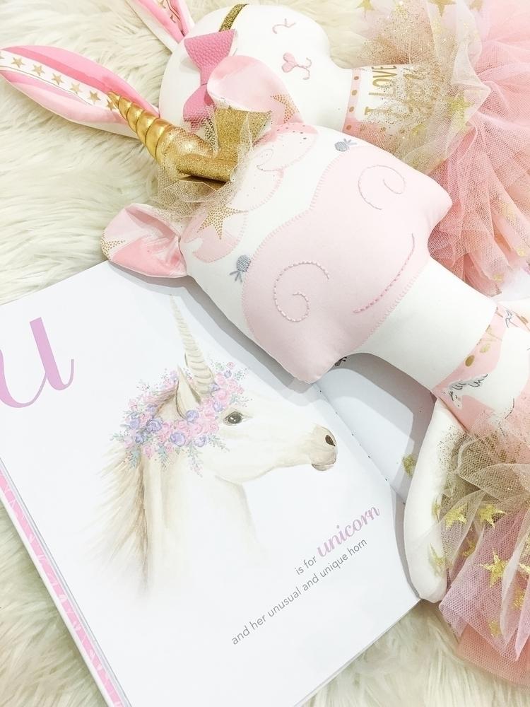 Closeup Unicorn Doll sold sitti - rhapsodyandthread | ello