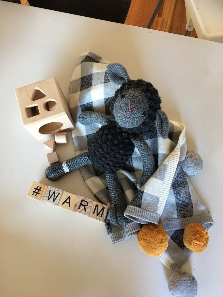 Stay warm Melbourne cold Shape  - bellobaby | ello