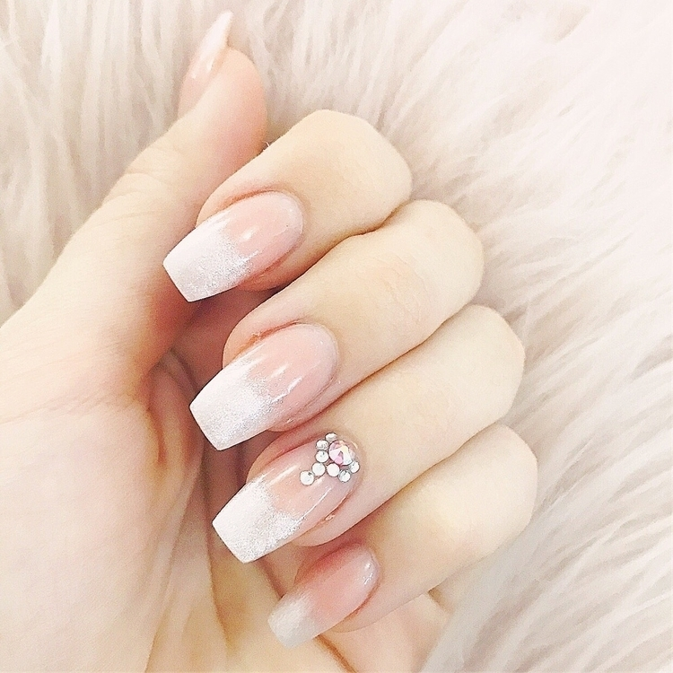 Fresh nails - nailporn, nailart - justanothermummyblog | ello