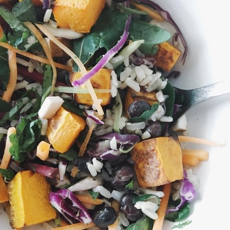 Lunch - vegan, vegansofig, whatveganseat - kaela_cooks | ello