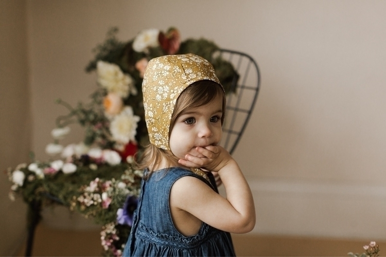 Beautiful briar bonnets ~ onlin - adelynscreations | ello