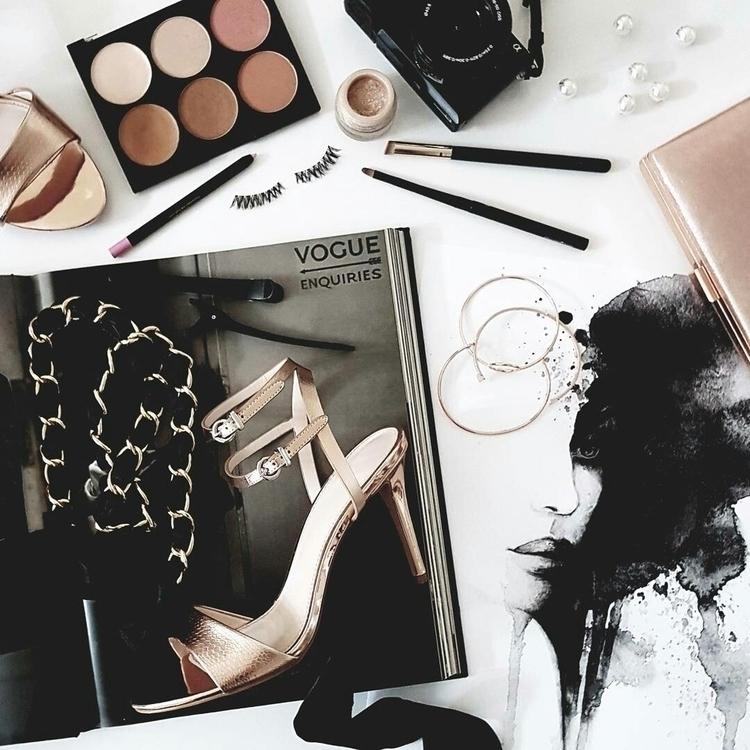 Fashion Week full swing - fashion - stilettos_and_bricks | ello
