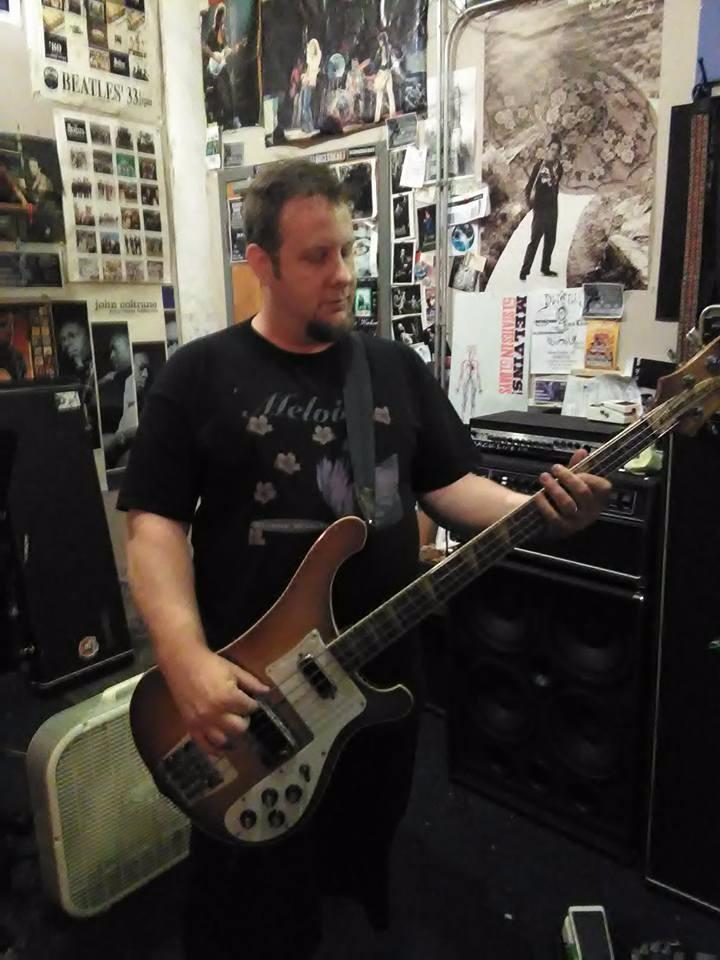 Jamming studio post-rock/ambien - kellywaldrip | ello