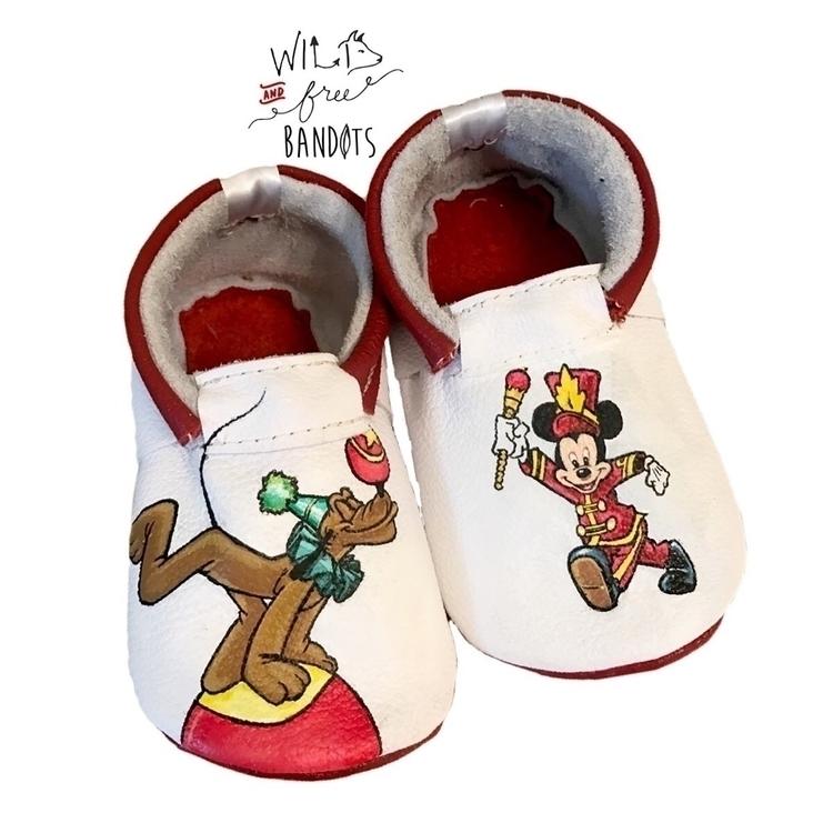 Circus Mickey Pluto jamming cus - wildfreebandits | ello