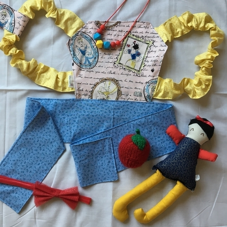 Doll Carriers necklaces - wherepigletsfly | ello