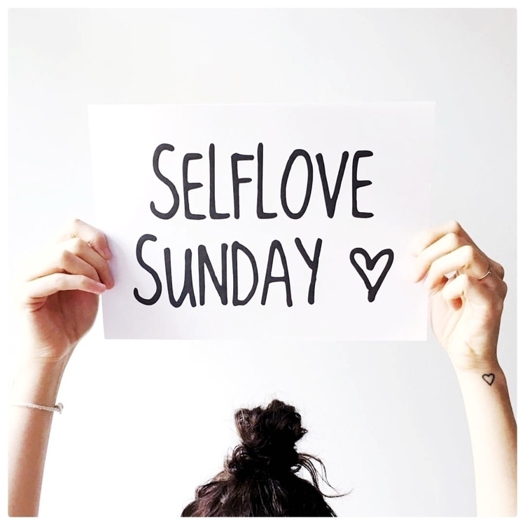 Happy Sunday lovelies! Hope bri - elisesheree | ello