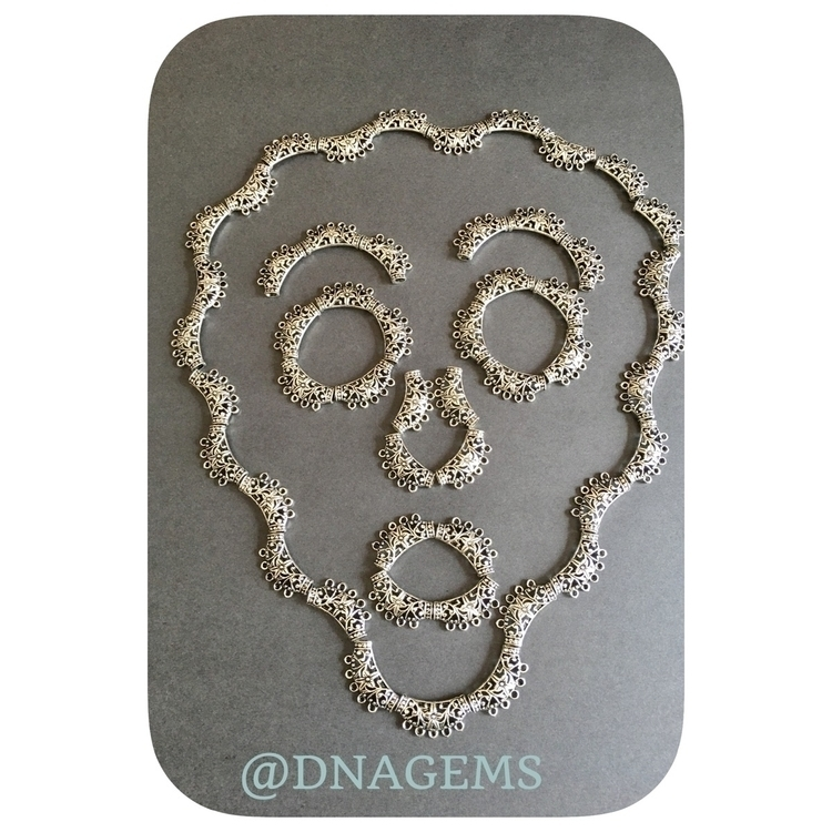 charms#beadshop#finegemstones#maker#makers#jewelrydesigner#face#faces#beads#crystals - dnagems | ello