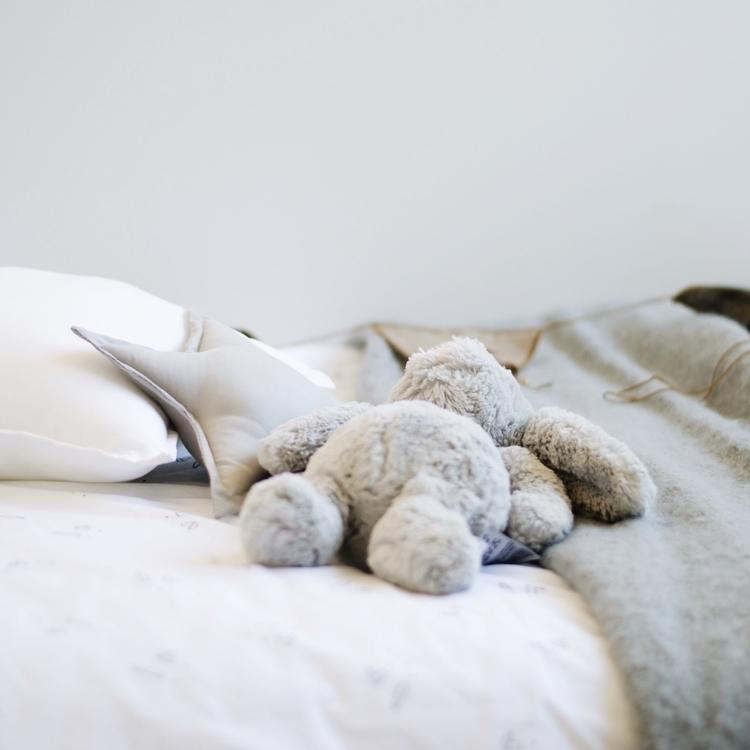 flat bed - monday, sleep, kidsroom - onemums_style | ello