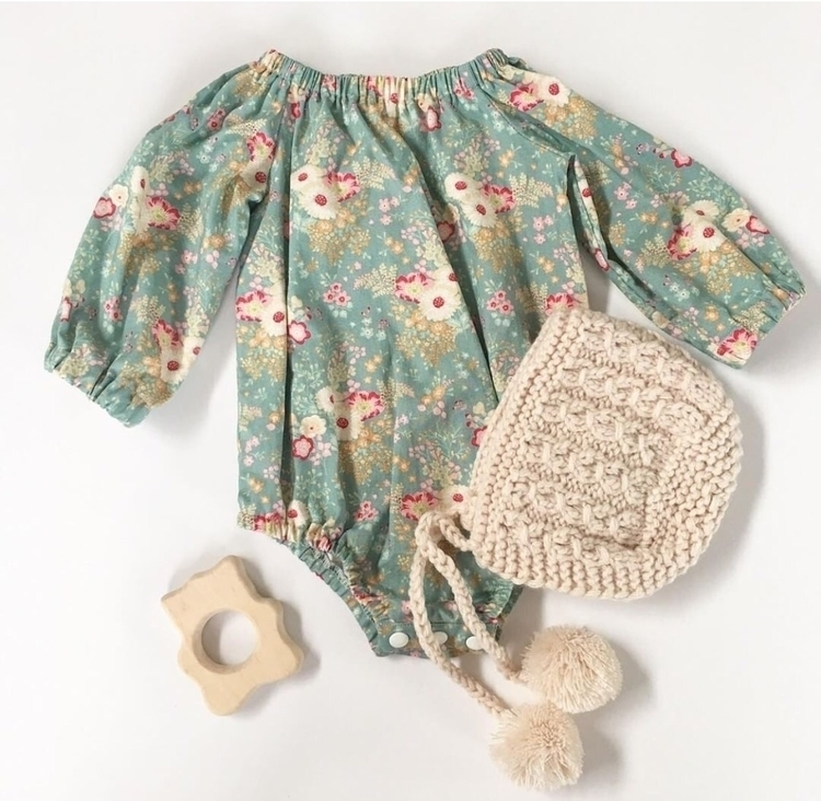 Perfect winter romper teal flor - rubyowl_babywear | ello