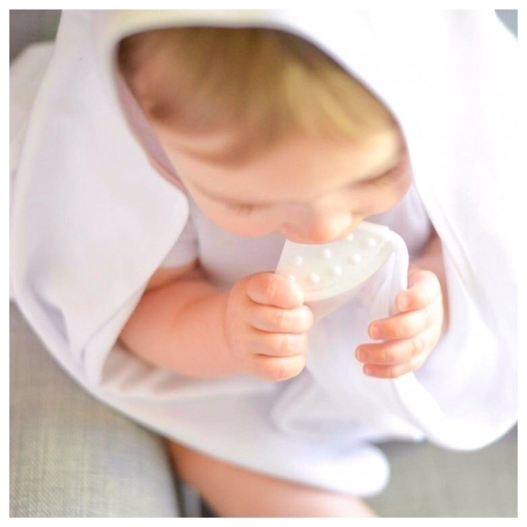 Soothing teething bubbas - teethingblankets - hodgepodge_baby_aus | ello