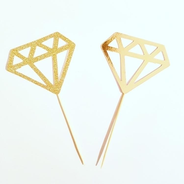 diamonds girls friend - mumswithhustle - funkybunting | ello
