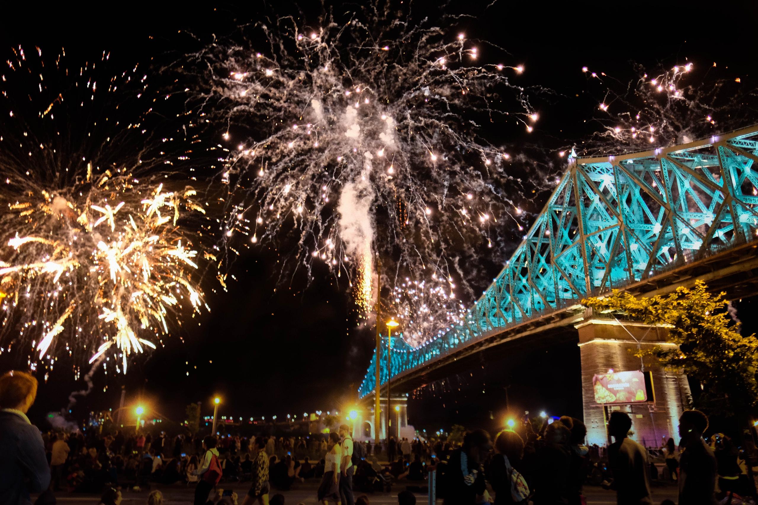 Bridge littttt - architecture, firework - maximemartin | ello