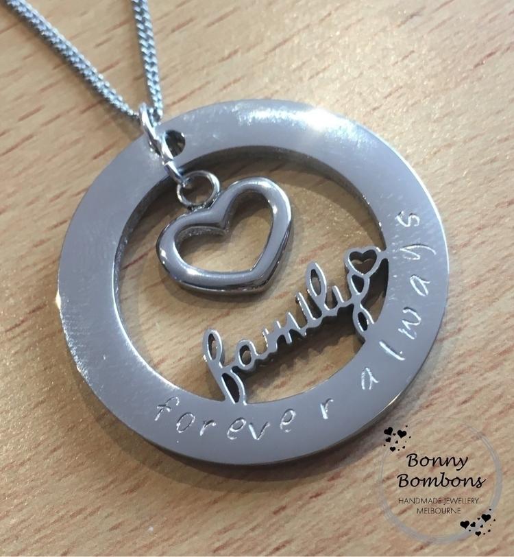 ~FAMILY~ - bonnybombons, handmadeau - bonnybombons   ello