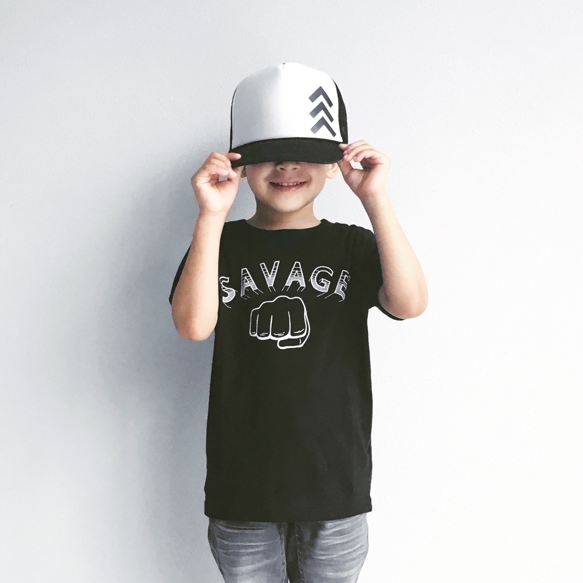 Savage shirt snapback - twins_onpoint | ello