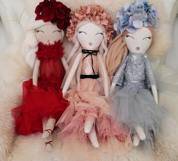 Valentina, Annabelle Aurora Enc - wildrose_dolls | ello