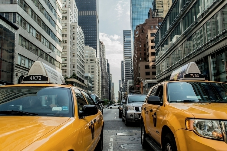 Famous NYC yellow cabs availble - ruthym   ello