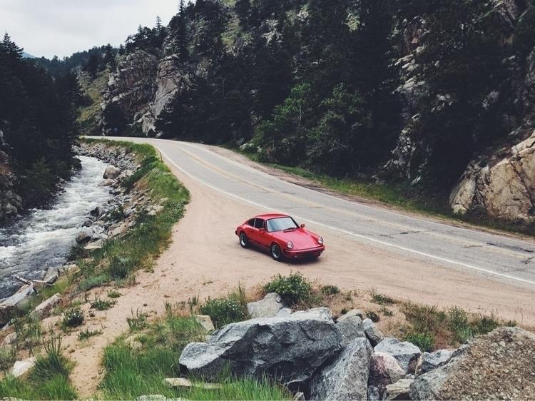 Sunday drive - lucian   ello