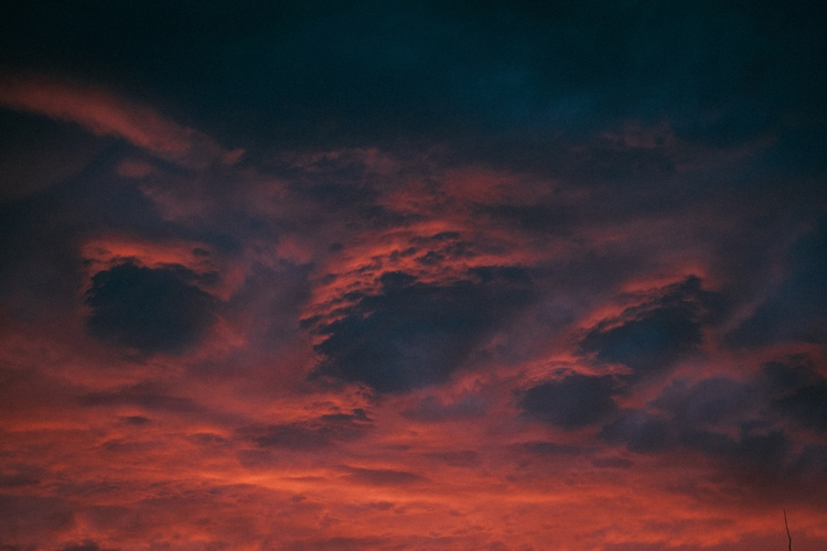 Sunday night skies - ridegradient   ello
