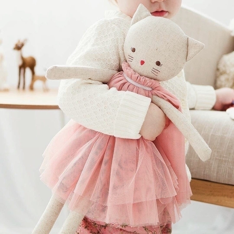 Aurelie Kitty linen blush. Shop - jackandwillow | ello