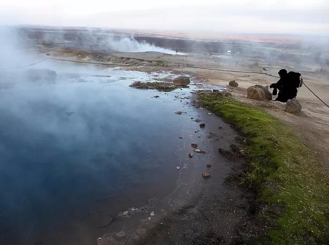 geyser explode? Strokkur Geyser - klutzytraveler | ello