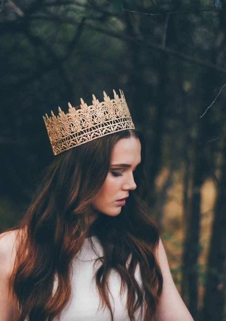 Jaden full size lace crown || c - lovecrushcrowns | ello