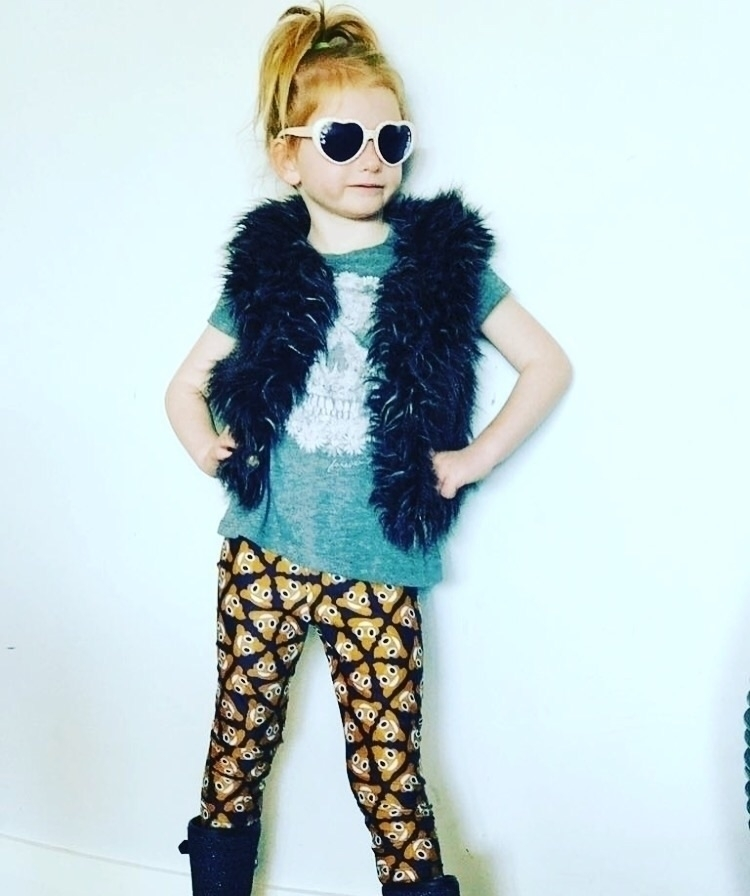 Mimi rocking poo emoji leggings - poppiespretties | ello