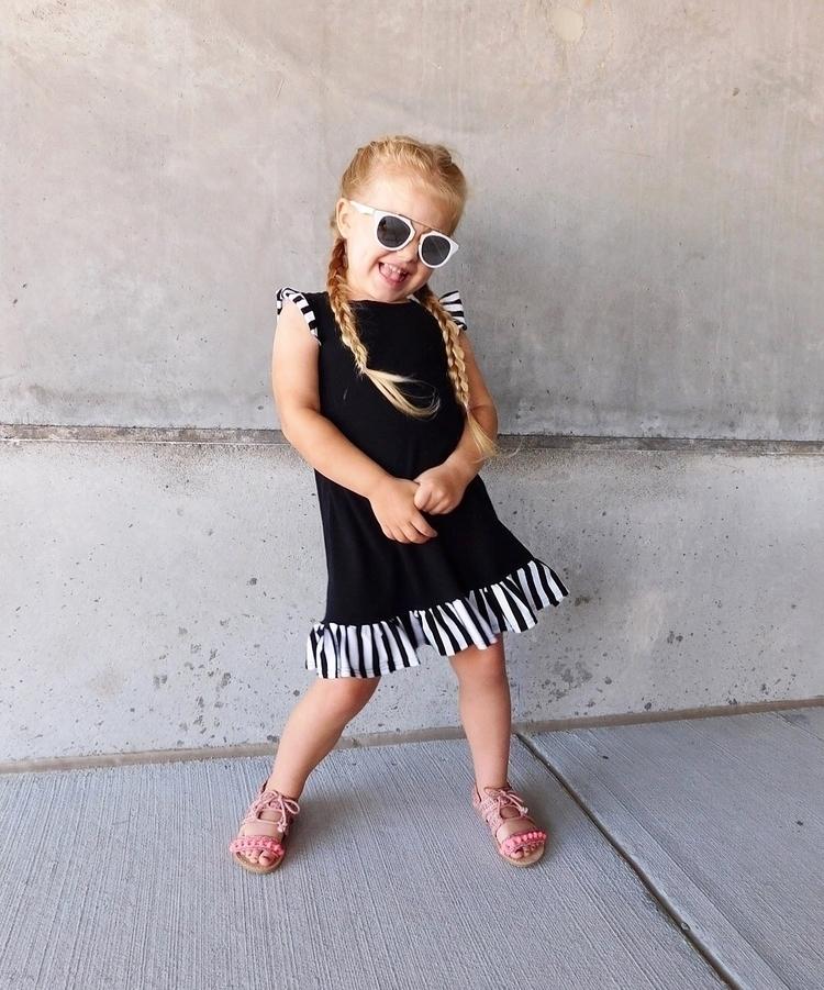 Sunglasses - harpiebear | ello