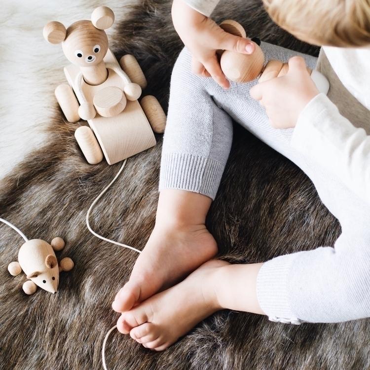 wooden toys - candidchildhood, toddlermom - onemums_style | ello