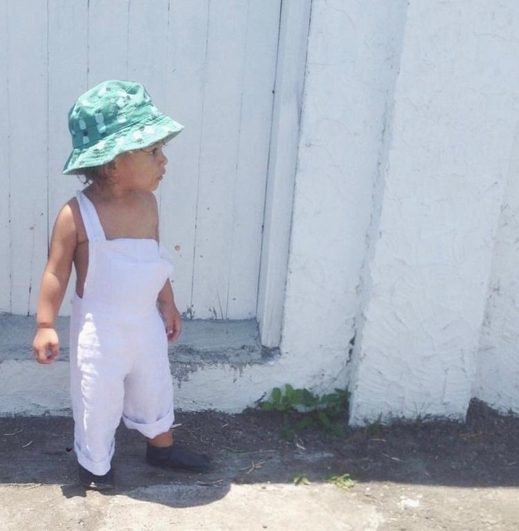 Streets Canggu  - kidsfashion, minimal - makoiia | ello