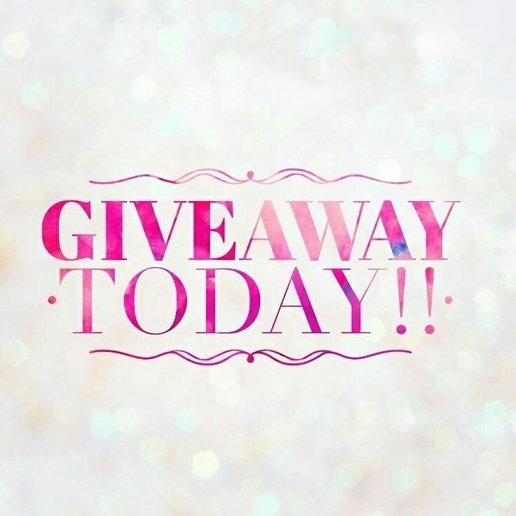 Win -[Ava-Lou]- outfit!! Giveaw - avalouboutique | ello