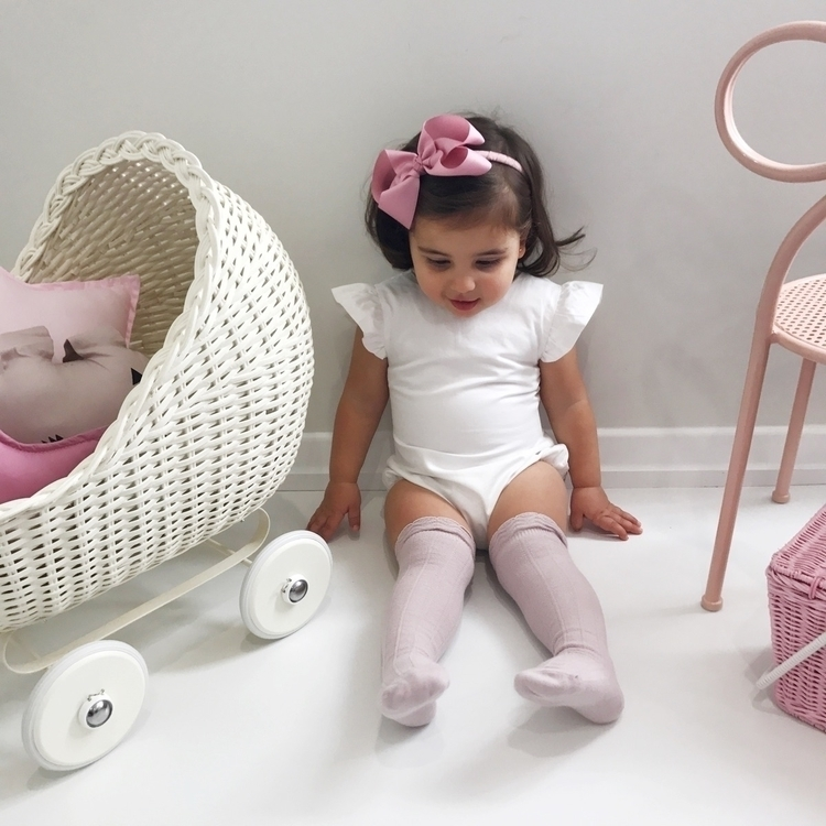 • pink + white wears dust knee  - my__little__love | ello