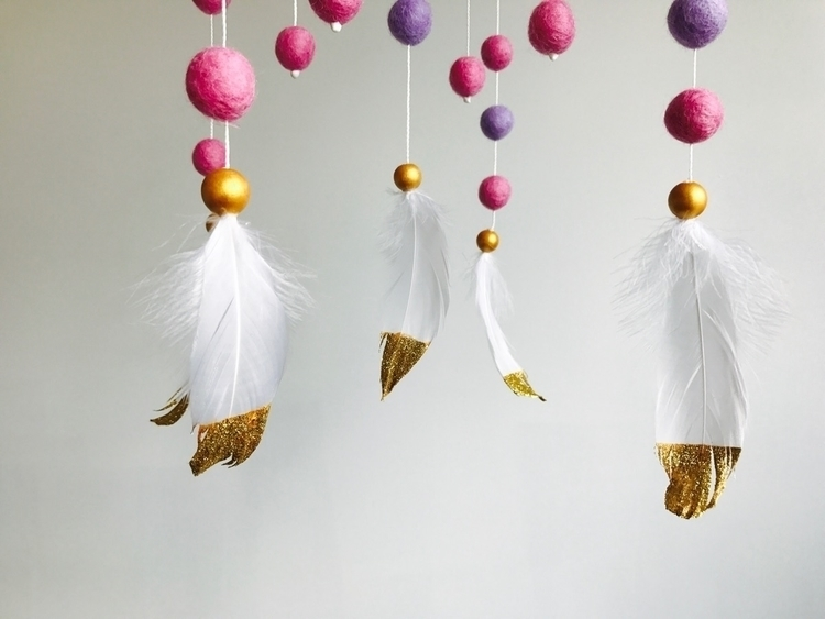 close gold dipped feathers Hand - mtncreative | ello