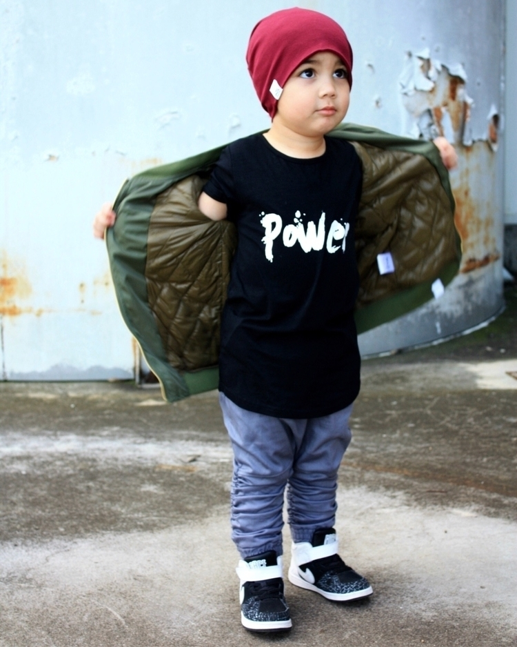 Showing POWER tee love !! mater - _phoenix_ | ello