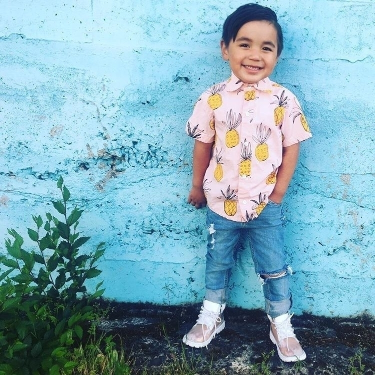 cool kid Savvy Jeans!!!:heart_e - crownedlaurel | ello